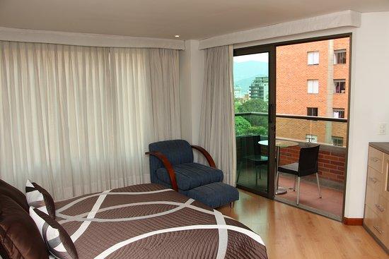 Hotel casa victoria medell n colombia opiniones y comparaci n de precios hotel tripadvisor - Hotel casa victoria suites ...