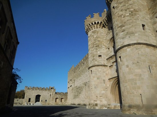 Palace of the Grand Master of the Knights of Rhodes: game of thrones