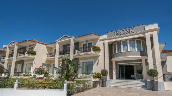 Planos Beach Hotel Website
