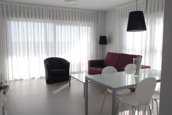 Apartamentos la punta villajoyosa spanien omd men och for 30 east salon reviews