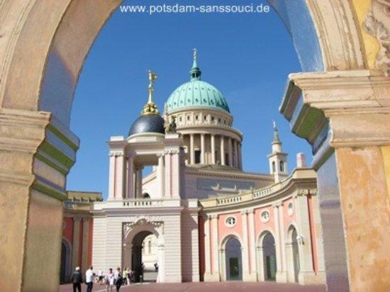 Stadtführungen Potsdam mit Rundgang Sanssouci