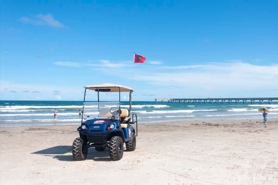 Port Aransas, TX: Alister Street Carts 4-seater golf cart rentals - at the beach