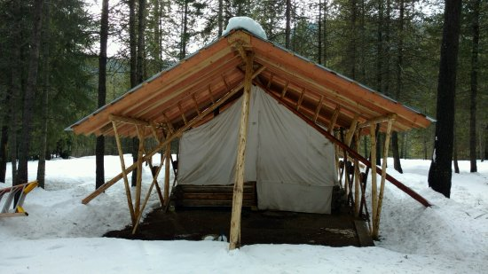 De Borgia, MT: East Wall Tent