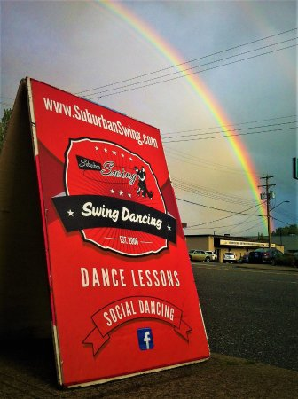 Abbotsford, Canada: Yep over the rainbow turn left and there we are...  ready to dance with you