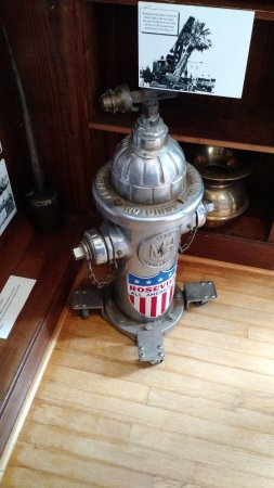 Vintage fire hydrant from the city of Roseville.