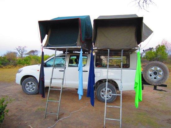Africa 4x4 Rentals: 4 x 4 prêt pour la nuit