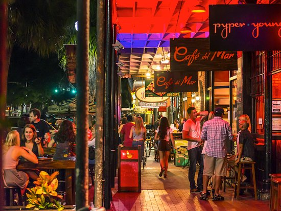 St Petersburg Fl Nightlife In Downtown Pete