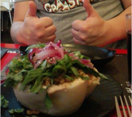 Tuk Tuk Asian Street Food Goya: Bao!