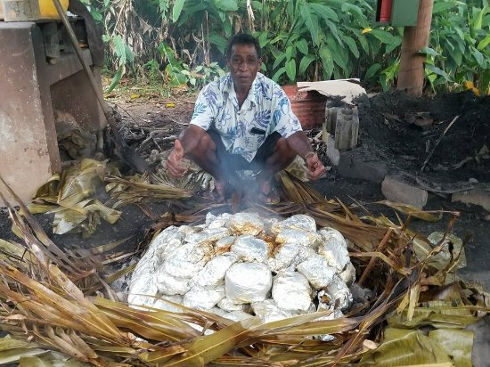 Korovisilou, Fiji: Lovo - a traditional way of cooking over hot rocks!