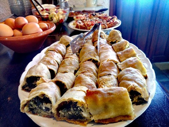 Vagia, Greece: Spinach Pie... Handmade as all!