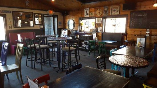 Pub 32: Drinking Area