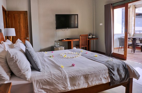 Trawangan Dive Resort: Two bedroom family room with sea view