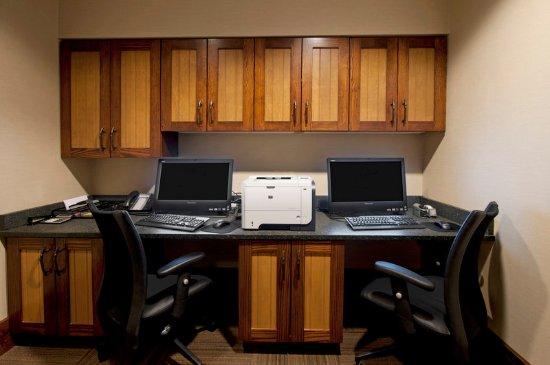 Hampton Inn & Suites Lake Placid: Business center