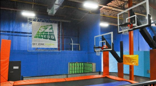 Sky Zone : Jump. Dunk. Repeat on our SkySlam!