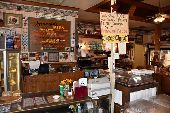 Banning, Californien: Inside Gramma's - An Old Fashioned Place