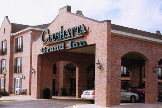 Coushatta Inn: Exterior