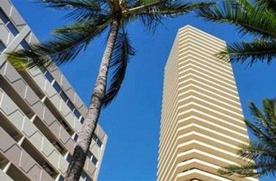 Marina Tower Waikiki Hotel