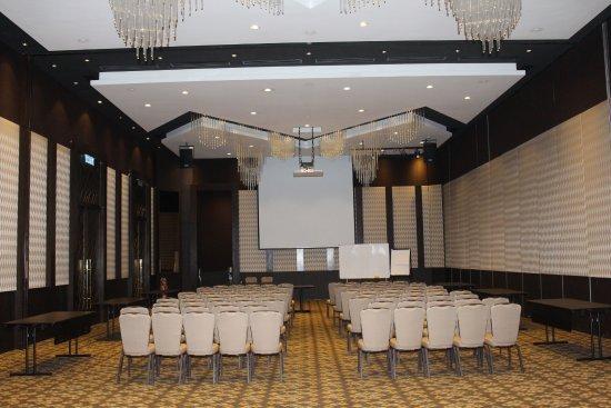 Bond 2 win - Picture of Mangala Resort & Spa - All Villa, Gambang