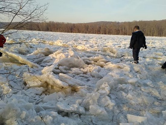 January 2018 Connecticut River Ice Jam in Haddam, CT