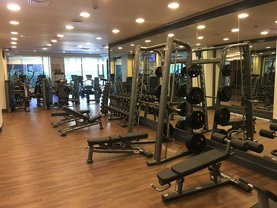 Ascott Makati: Fitness Center Free Weights Area