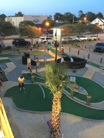 Salty's Caddy Shack mini golf Downtown Morehead City