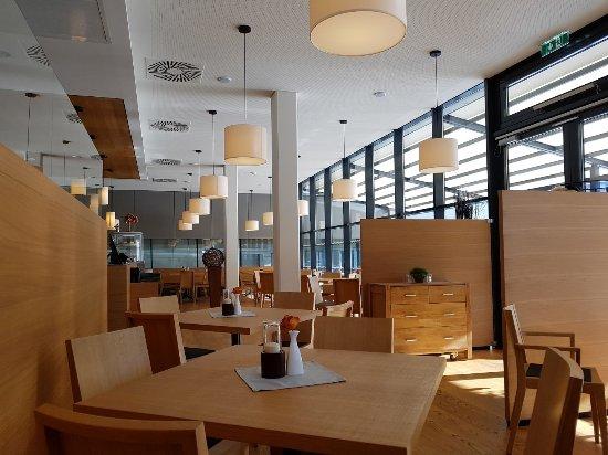 Badwirt Lienz: Freundlich Moderne Einrichtung