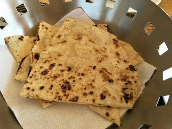 Hocus Pocus| Mystic Panorama Restaurant: 餐點照片,說不要辣,廚師可以客製化。