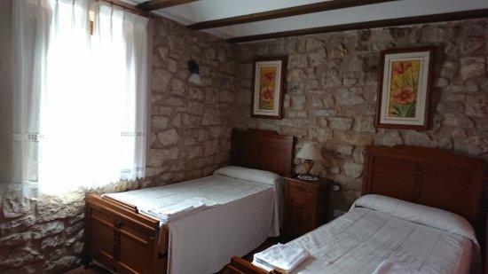 Molina de  Aragon, Spain: dormitorio