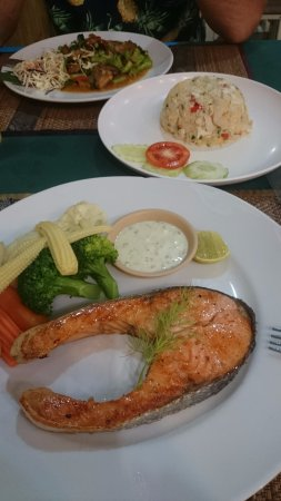Elephant No.9 Restaurant: salmon steak