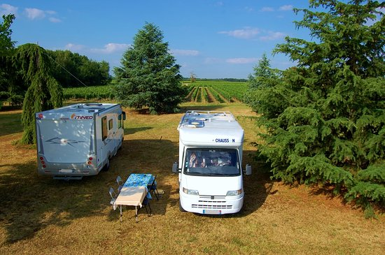 Vayres, France: Accueil Camping Cars