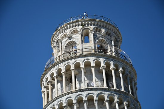 foto de Torre di Pisa ( Particolare ) Picture of Alba Province