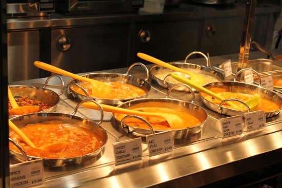 Ardley, UK: Selection of delicious curries
