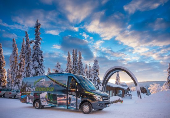 Abisko, Schweden: One of our busses at the ICEHOTEL