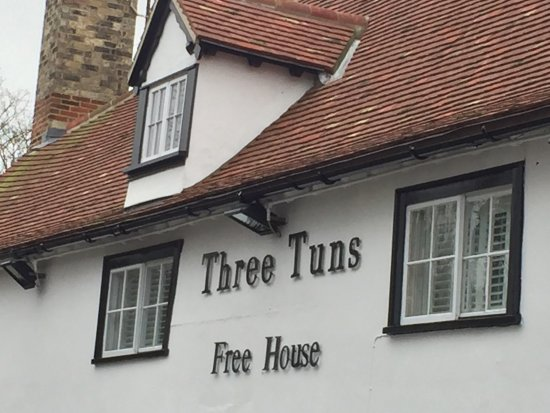 The Three Tuns: The building