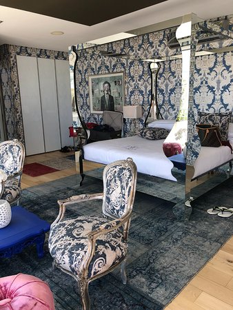 MannaBay: Room