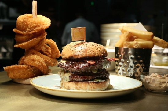 Dublin Airport Terminal 2 Traveller Reviews Gourmet Burger