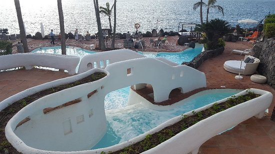 Hotel Jardin Tropical: 20180119_173646_large.jpg