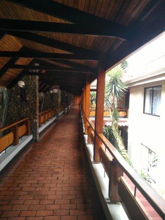 DoubleTree by Hilton Hotel Cariari San Jose: corridor