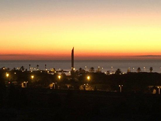 Hotel 4 Barcelona: sunrise