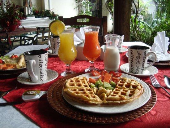 Hotel la Catedral: Desayunos, diarios con ingredientes fresco del dia.
