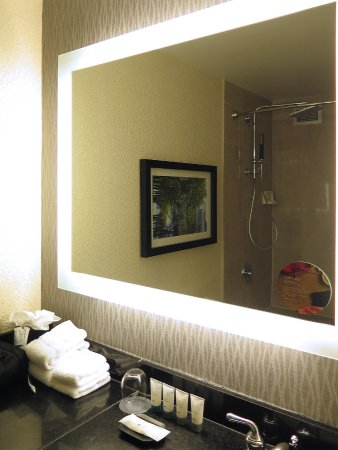 Westin Chicago - Room 1939 - Bathroom - Lighted Mirror - Picture of ...