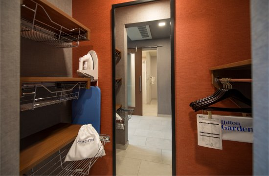 Wausau, WI: Accessible Closet and Amenities