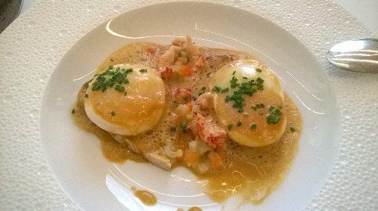la table d'o: œufs pochés et sauce écrevisse
