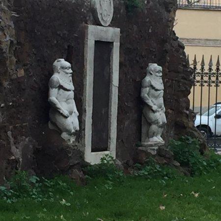 La porta magica o alchemica rom italien omd men for La porta media