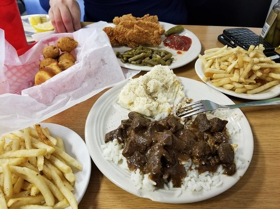 Strawn S Eat Shop Also Bossier City Photos Restaurant Reviews Order Online Food Delivery Tripadvisor