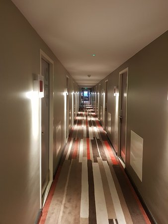 Ibis London Gatwick Airport : 20180125_163259_large.jpg