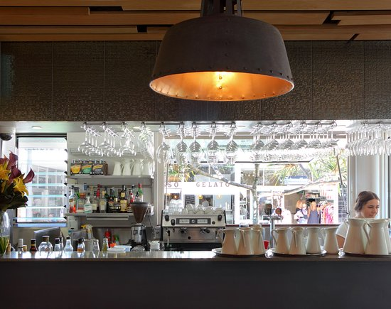 Peregian Beach, Avustralya: Bar