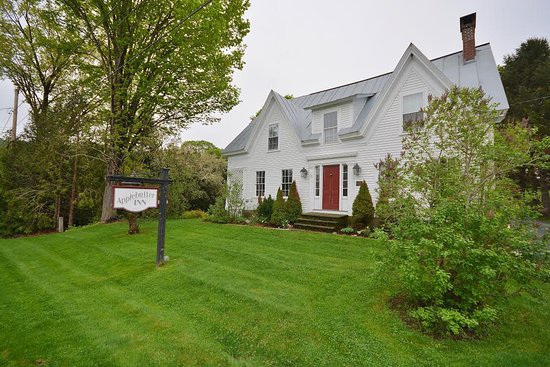 Applebutter Inn Bed and Breakfast: Historic 1864 Vermont Farm House
