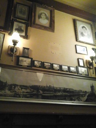 Ships Crests - Picture of Cafe Batavia 1920, Amsterdam