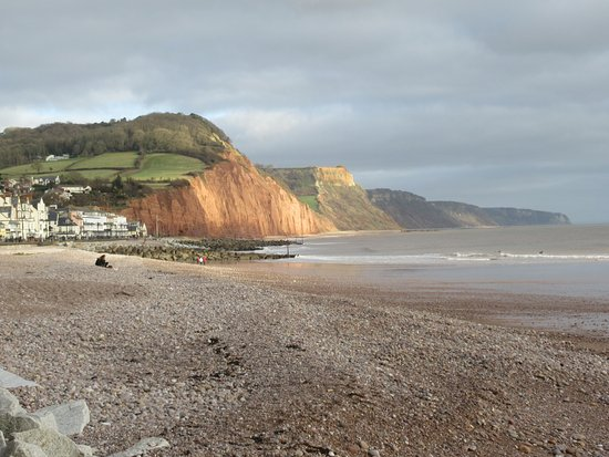 ‪Sidmouth - Valley, Ridge and Jurassic Coast walk‬
